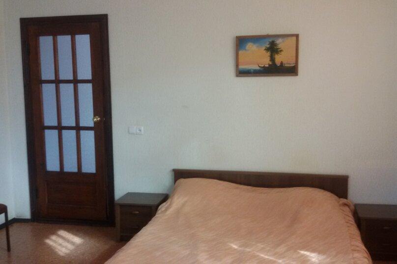 Дом с 4-мя спальнями , 160 кв.м. на 10 человек, 4 спальни, Одесский переулок, 8, Феодосия - Фотография 9