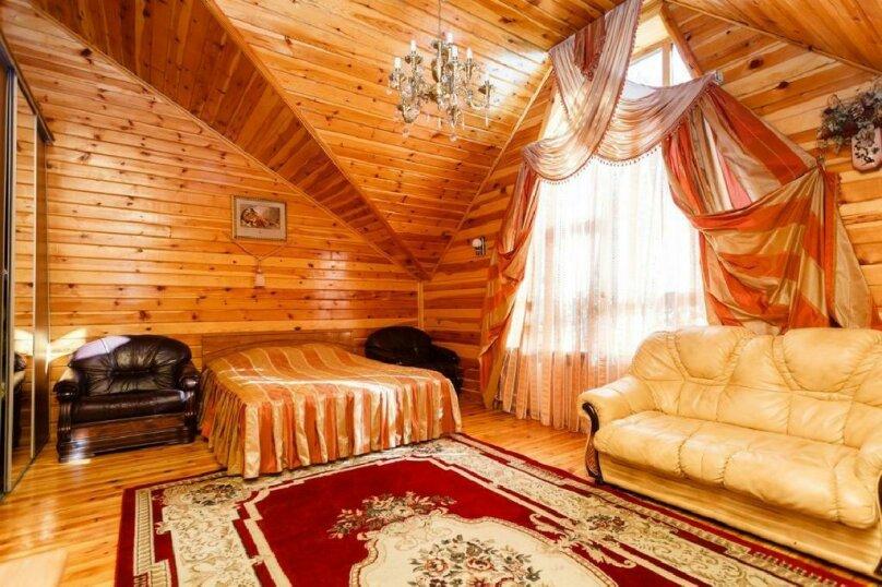 """Отель """"Стелла""""  Курорт Домбай, Карачаевская, 63 на 6 номеров - Фотография 1"""