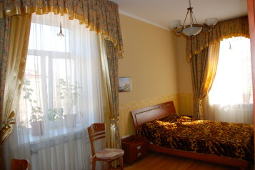2-комн. квартира, 80 кв.м. на 4 человека, улица Фрунзе, Евпатория - Фотография 1