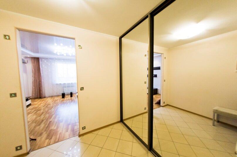 2-комн. квартира, 70 кв.м. на 4 человека, улица Гайдара, 13, Хабаровск - Фотография 15