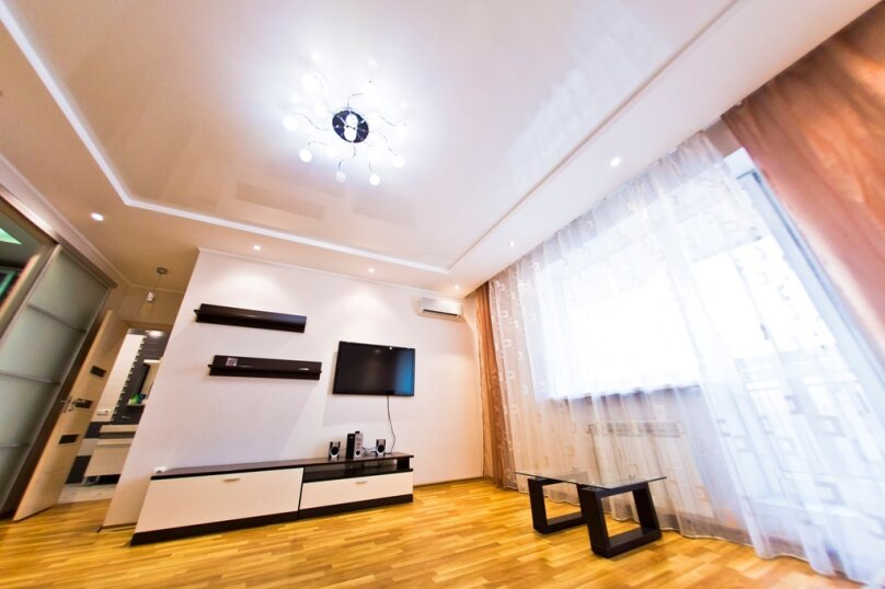 2-комн. квартира, 70 кв.м. на 4 человека, улица Гайдара, 13, Хабаровск - Фотография 17