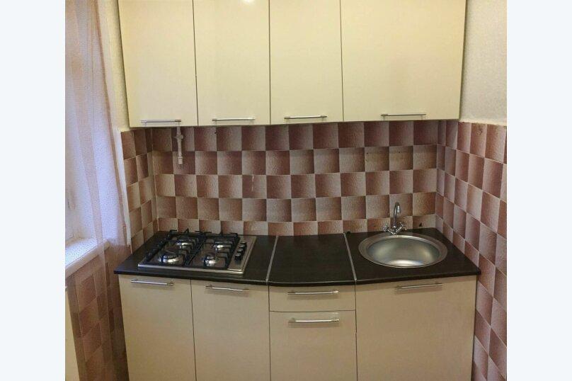 2-комн. квартира, 40 кв.м. на 4 человека, Молодёжный проспект, 8, Нижний Новгород - Фотография 2