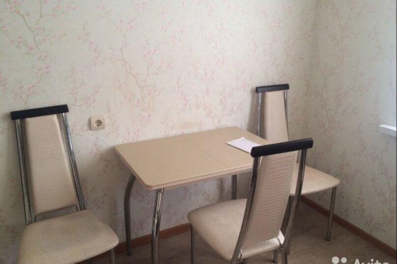2-комн. квартира, 40 кв.м. на 4 человека, Молодёжный проспект, 8, Нижний Новгород - Фотография 3