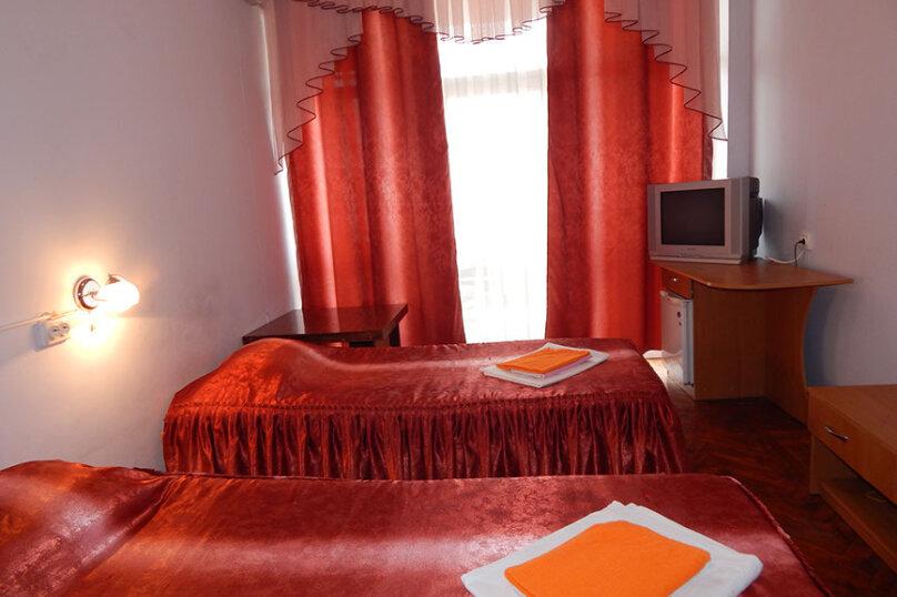 """Стандарт """"Twin""""  ( 2 односпальные кровати), проспект Героев Сталинграда, 43, Севастополь - Фотография 1"""
