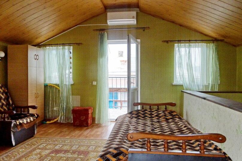 3-комн. квартира, 95 кв.м. на 6 человек, улица Владимира Луговского, 7, Симеиз - Фотография 1
