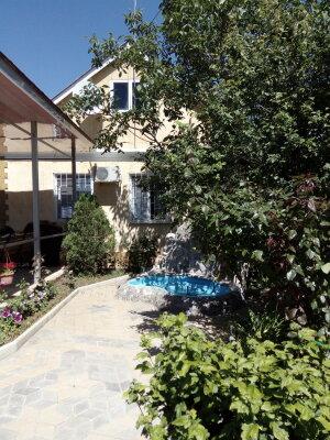 Дом на 3 комнаты 2 отдельных входа, 60 кв.м. на 10 человек, 3 спальни, савченкова , 12, поселок Приморский, Феодосия - Фотография 1