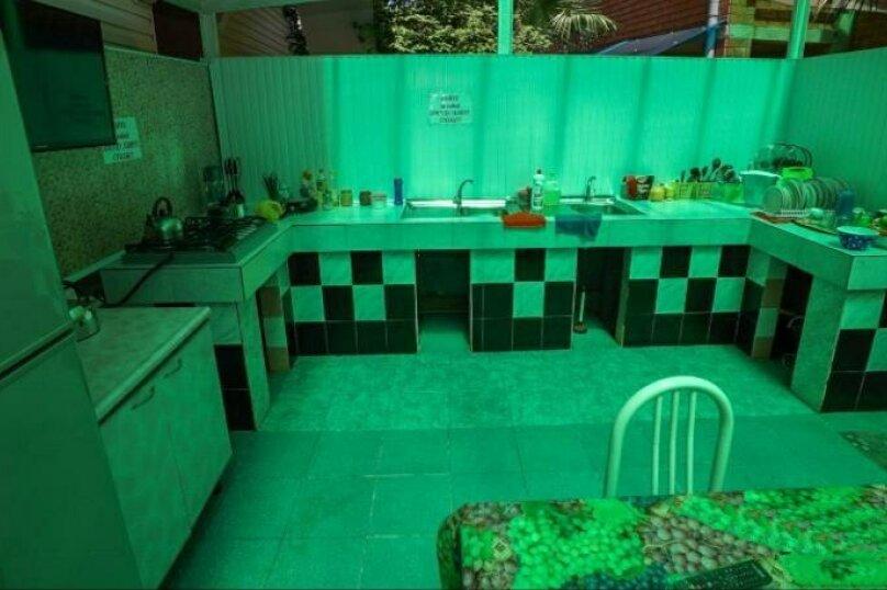 Гостевой дом Чепурова, Алычевый переулок, 1 на 15 комнат - Фотография 2