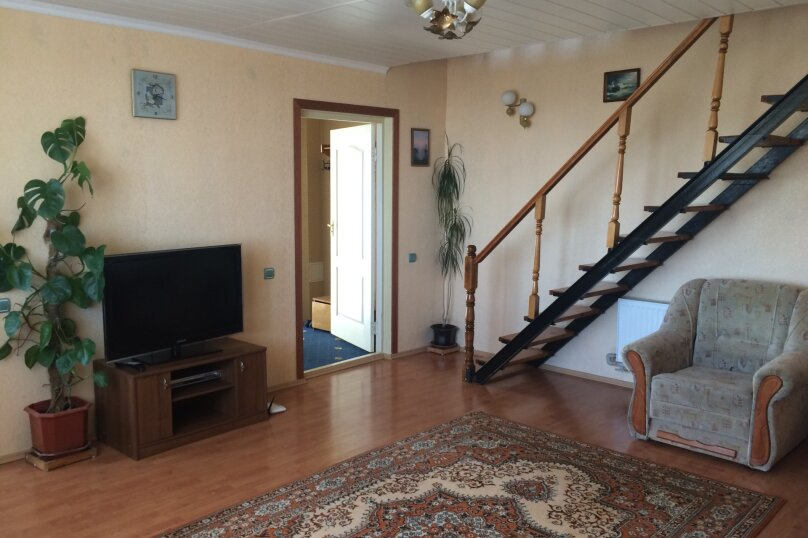 Дом, 110 кв.м. на 8 человек, 2 спальни, Алупкинское шоссе, 72, Гаспра - Фотография 1