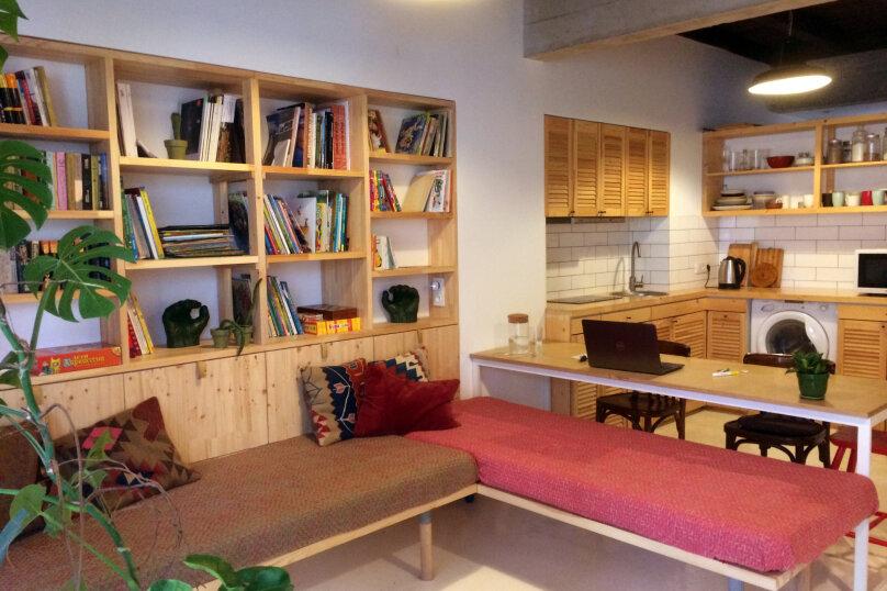 Новый дом, 2й этаж, 1-ком студии с террасой, 50 кв.м. на 4 человека, 1 спальня, улица Водовозовых, 18, Ялта - Фотография 5