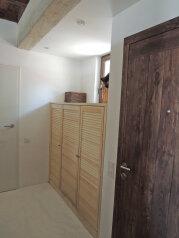 Новый дом, 2й этаж, 1-ком студии с террасой, 50 кв.м. на 4 человека, 1 спальня, улица Водовозовых, 18, Ялта - Фотография 4