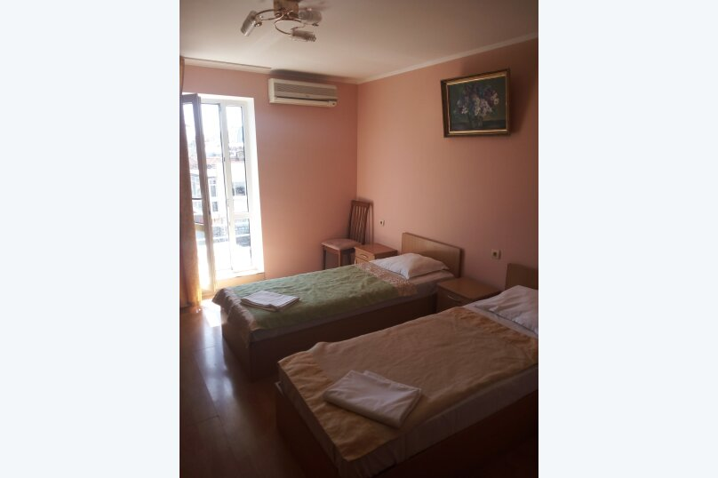 Стандартный двухместный номер с 2-мя отдельными кроватями, улица Леваневского, 3, Севастополь - Фотография 1