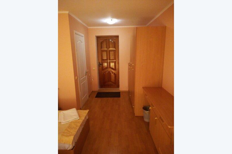 Гостиница 817628, улица Леваневского, 3 на 12 номеров - Фотография 2