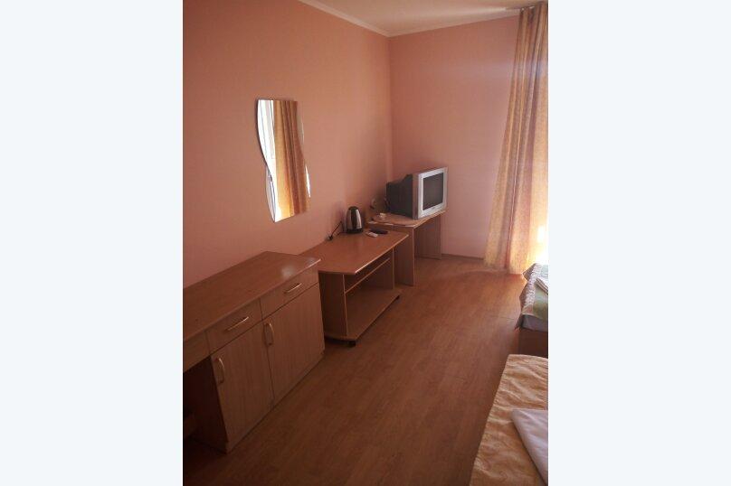 Гостиница 817628, улица Леваневского, 3 на 12 номеров - Фотография 3
