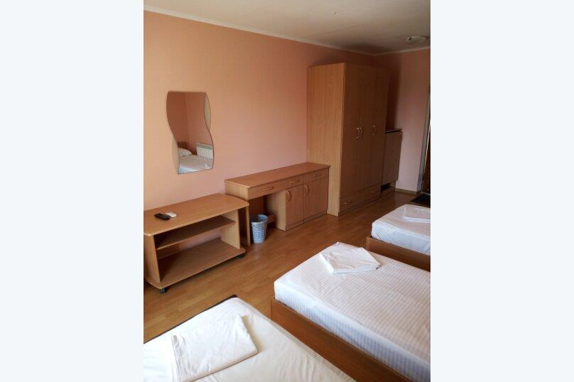 Гостиница 817628, улица Леваневского, 3 на 12 номеров - Фотография 6