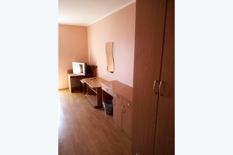 Гостиница 817628, улица Леваневского, 3 на 12 номеров - Фотография 7