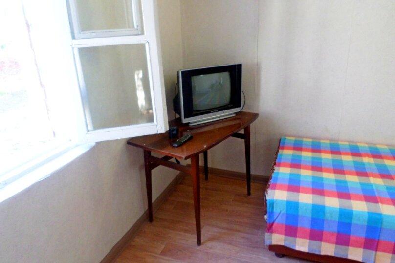 Двухместный домик с отдельным входом, Куйбышева, 22, Феодосия - Фотография 2