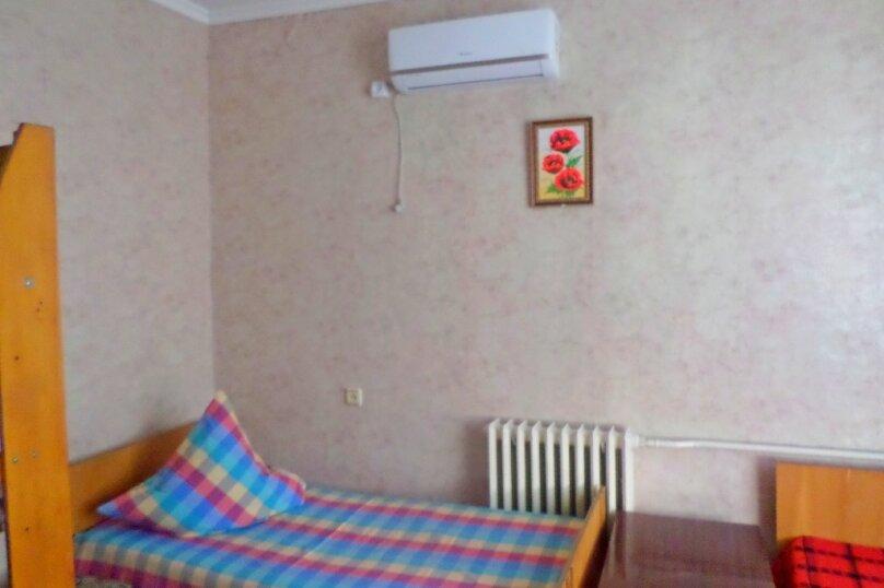 Четырехместный домик с отдельным входом, Куйбышева, 22, Феодосия - Фотография 3