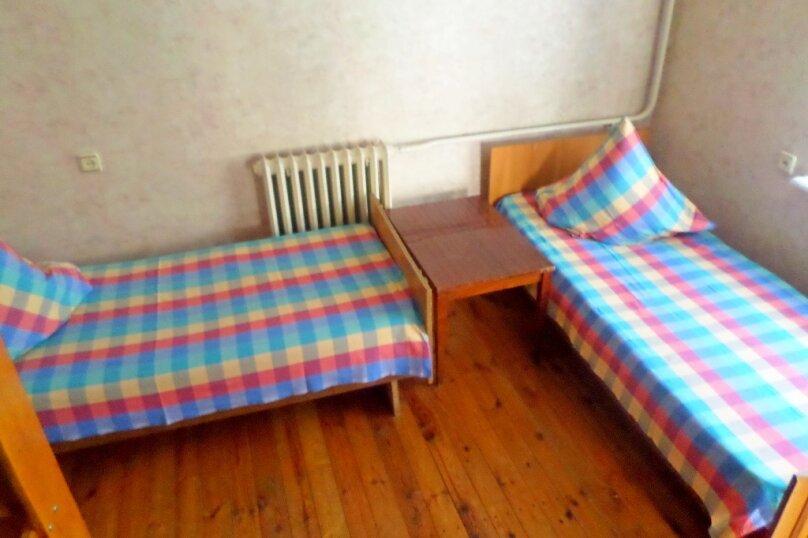 Четырехместный домик с отдельным входом, Куйбышева, 22, Феодосия - Фотография 4