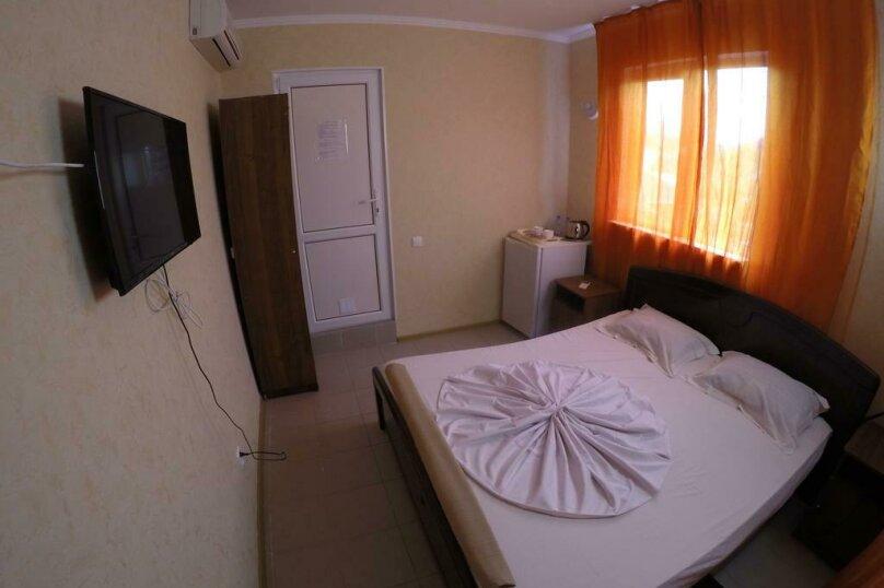 Гостиница 818387, Черноморская улица, 4Б на 18 комнат - Фотография 36