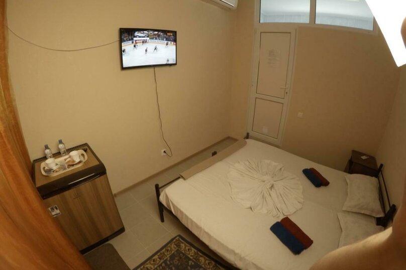 Гостиница 818387, Черноморская улица, 4Б на 18 комнат - Фотография 31