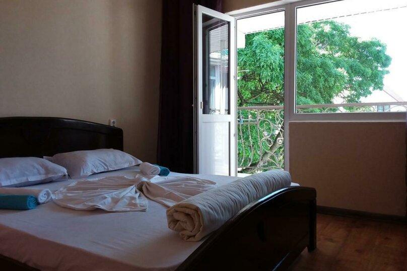 Гостиница 818387, Черноморская улица, 4Б на 18 комнат - Фотография 15