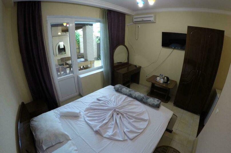 Двухместный номер Делюкс с 1 кроватью, Черноморская улица, 4Б, Дивноморское - Фотография 1