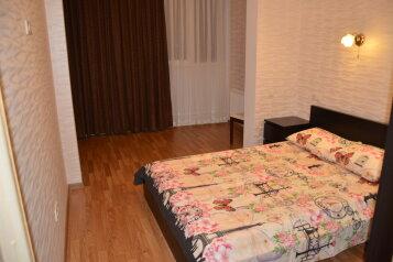 2-комн. квартира, 60 кв.м. на 5 человек, переулок Богдана Хмельницкого, Адлер - Фотография 2