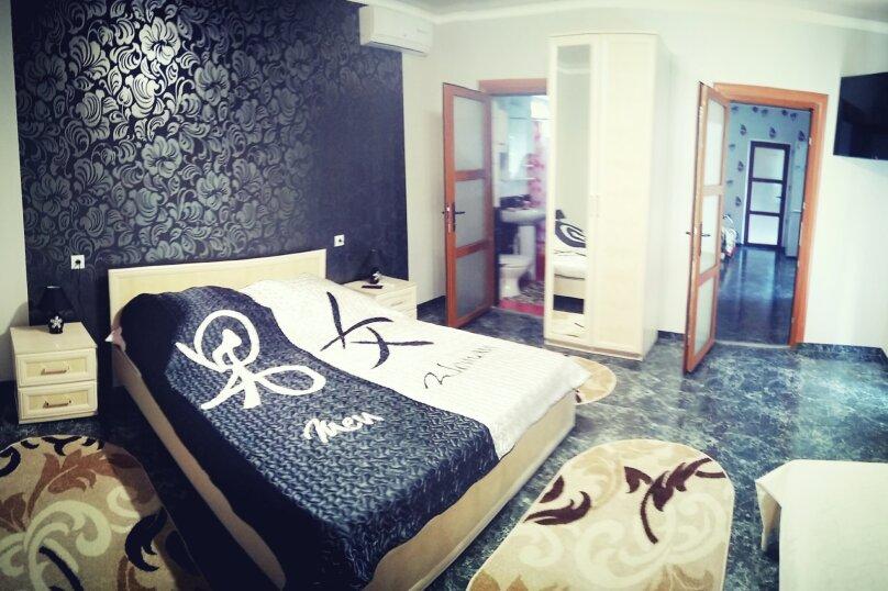 Отдельная комната, Ленина, 44 б, Морское - Фотография 1