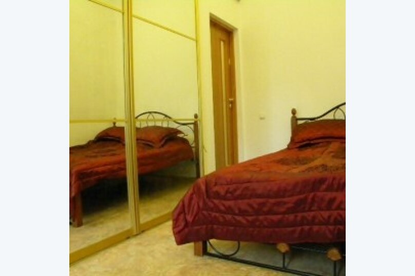 1-комн. квартира, 30 кв.м. на 4 человека, улица Тучина, 16, Евпатория - Фотография 1