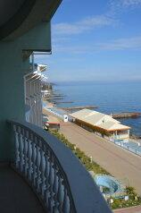 Отель (частные апартаменты) в с. Семидворье (Алушта), Можжевеловый переулок на 2 номера - Фотография 3