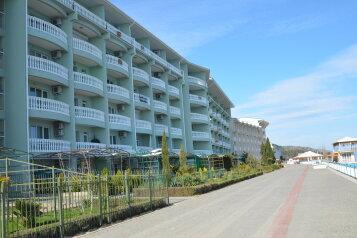 Отель (частные апартаменты) в с. Семидворье (Алушта), Можжевеловый переулок на 2 номера - Фотография 4