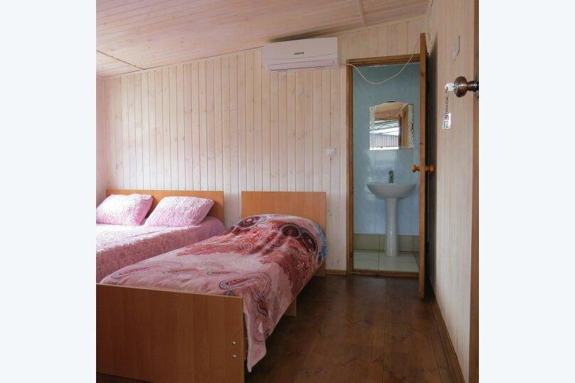 """Гостевой дом """"На Демерджипа 123"""", улица Демерджипа, 123 на 9 комнат - Фотография 7"""