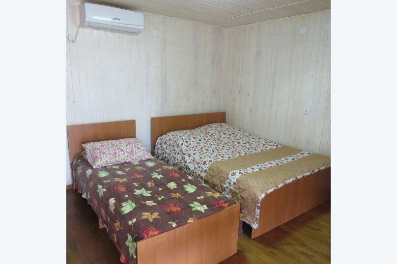 """Гостевой дом """"На Демерджипа 123"""", улица Демерджипа, 123 на 9 комнат - Фотография 10"""