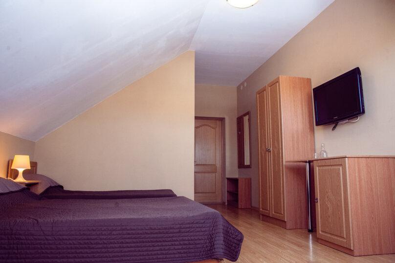 """Гостеприимный дом """"Альпина"""", Совхозный переулок, 4 на 10 комнат - Фотография 17"""