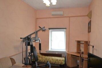 Дом, 90 кв.м. на 9 человек, 3 спальни, улица Пушкина, Евпатория - Фотография 2