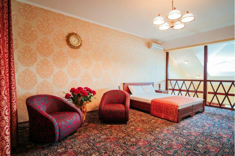 Апартаменты двухуровневые с террасой, улица Дмитрия Ульянова, 4А, Феодосия - Фотография 8