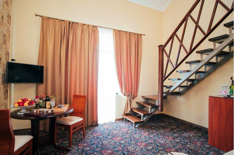 Апартаменты двухуровневые с террасой, улица Дмитрия Ульянова, 4А, Феодосия - Фотография 10