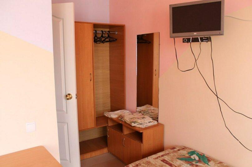 """Гостевой дом """"Лето"""", Солнечная, 12 на 7 комнат - Фотография 19"""