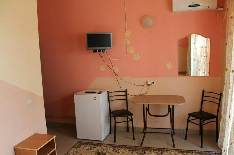 """Гостевой дом """"Лето"""", Солнечная, 12 на 7 комнат - Фотография 29"""