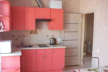 1-комн. квартира, 35 кв.м. на 5 человек, улица Воина Шембелиди, Витязево - Фотография 1
