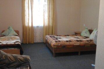 Дом для 10 человек, 180 кв.м. на 10 человек, 3 спальни, Озен-Бою, 6, Морское - Фотография 2