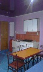 Коттедж для 5-6 человек, 80 кв.м. на 6 человек, 2 спальни, Озен-Бою, 6, Морское - Фотография 1
