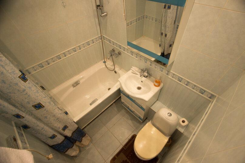 1-комн. квартира, 33 кв.м. на 2 человека, улица Горького, 31, Красноярск - Фотография 7