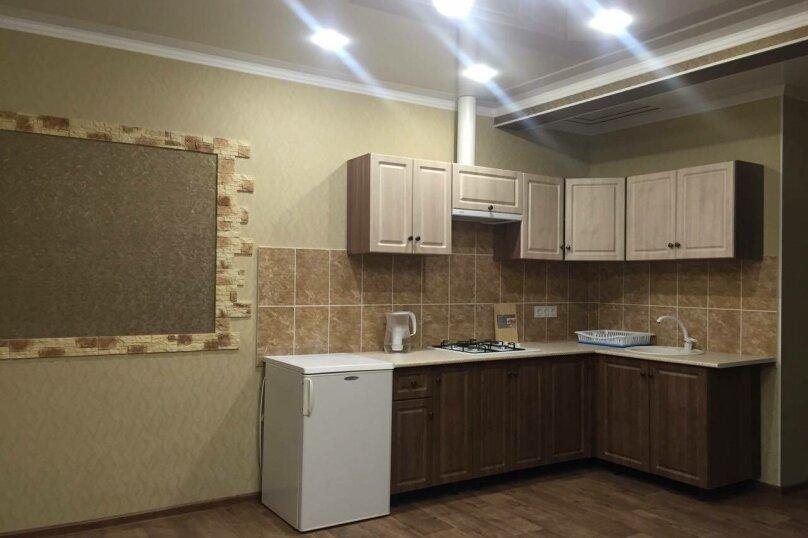 Трёхкомнатный коттеджного типа на 6-7 чел.с кухней-студией номер со всеми удобствами, 55 кв.м. на 7 человек, 2 спальни, Озен-Бою проезд 2, 2, Морское - Фотография 12