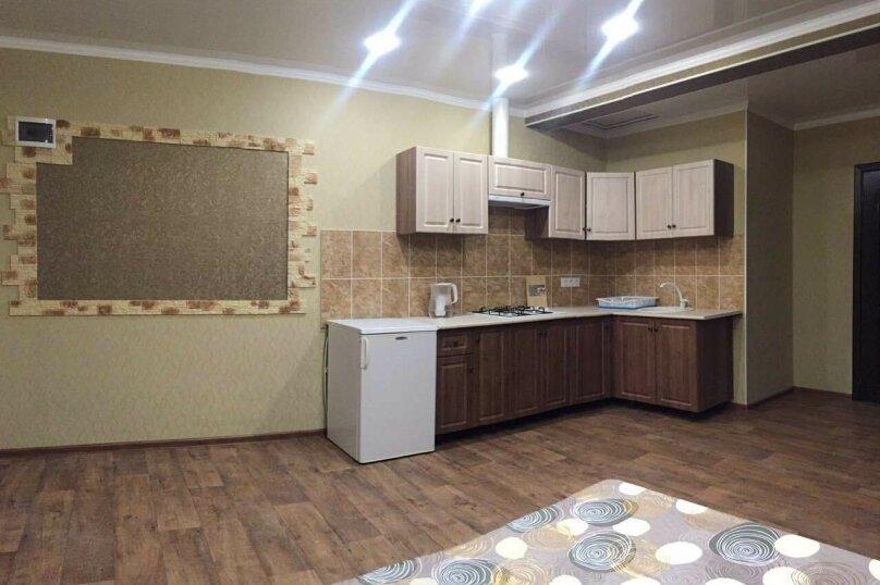 Трёхкомнатный коттеджного типа на 6-7 чел.с кухней-студией номер со всеми удобствами, 55 кв.м. на 7 человек, 2 спальни, Озен-Бою проезд 2, 2, Морское - Фотография 16