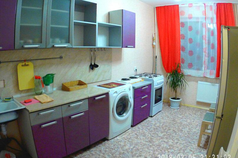 1-комн. квартира, 37 кв.м. на 4 человека, Большая Московская улица, 124, Великий Новгород - Фотография 4