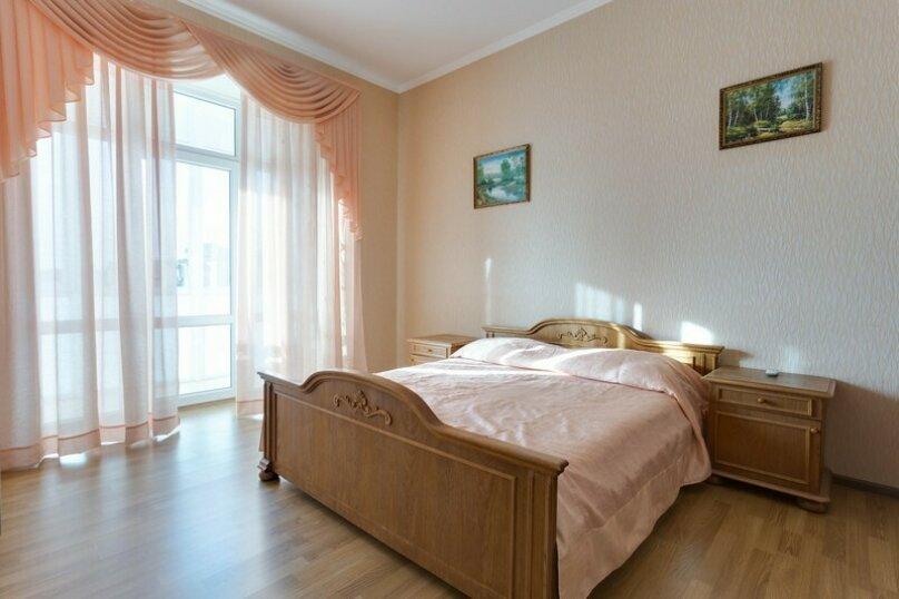 Отдельная комната, улица Сытникова, 16, Евпатория - Фотография 1