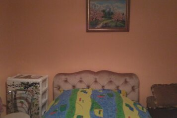 2-комн. квартира, 40 кв.м. на 4 человека, улица Игнатенко, 3, Ялта - Фотография 1