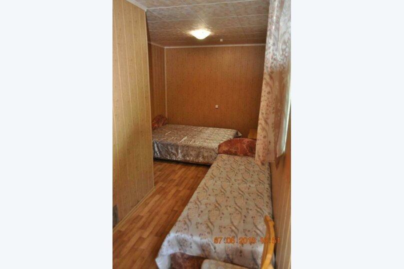 """Гостевой дом """"Донбасс Корпус 1"""", Двуякорная, 1 на 3 комнаты - Фотография 11"""