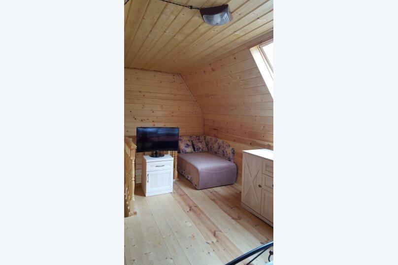 Деревянный двухэтажный домик в стиле Прованс в Лазаревском, 80 кв.м. на 7 человек, 2 спальни, улица Калараш, 70А, Лазаревское - Фотография 2